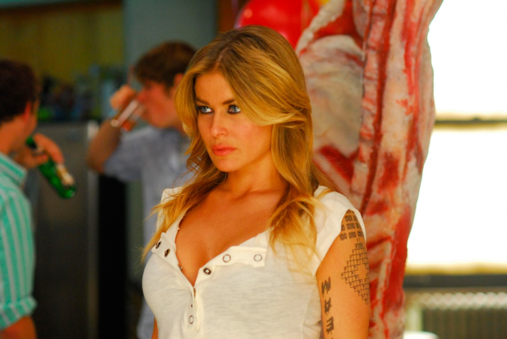 Carmen Electra as Beautiful Assassin in Disaster Movie