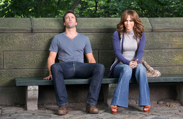 The Back-Up Plan Jennifer Lopez and Alex O'Loughlin sitting