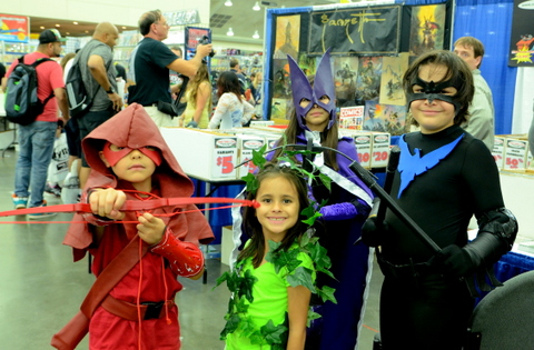Baltimore Comic Con 2014 - Red Arrow, Poison Ivy, Huntress and Nightwing