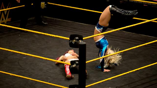 NXT 3-18-15 - Alexa Bliss vs Sasha Banks