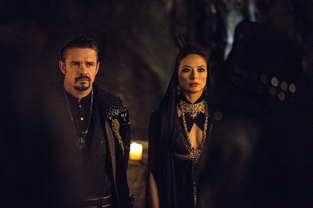 Arrow - The Fallen - Ra's and priestess
