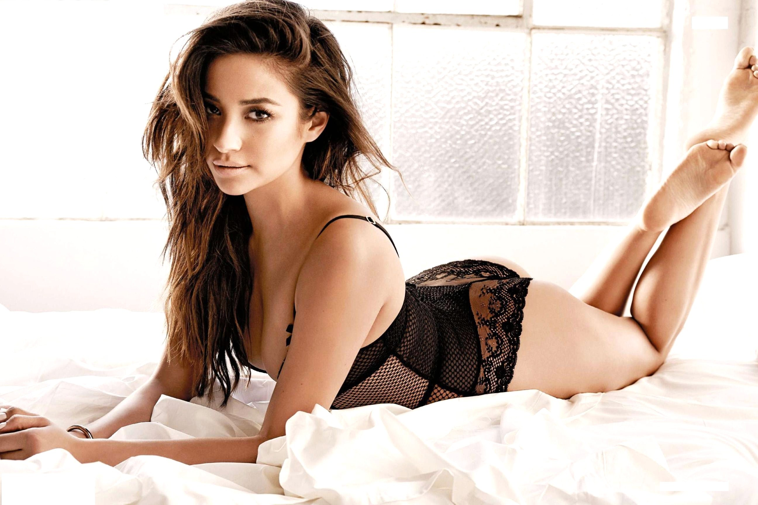 Hot Shay Mitchell naked (91 photo), Sexy, Paparazzi, Instagram, braless 2006