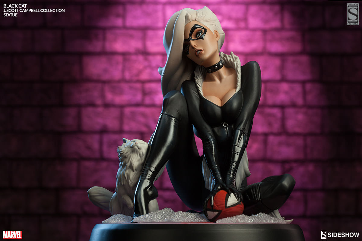 Sideshow - Black Cat - J Scott Campbell statue - main pose