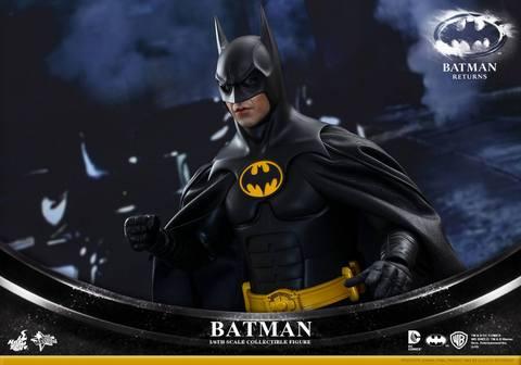 Hot Toys Batman Returns figure - main pic