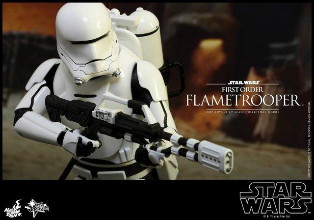 Hot Toys Star Wars Force Awakens First Order Flametrooper