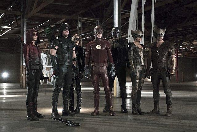 Arrow TV Reviews - arrow-league-of-yesterday-speedy-green-arrow-black-canary-hawkman-flash-hawkgirl-diggle