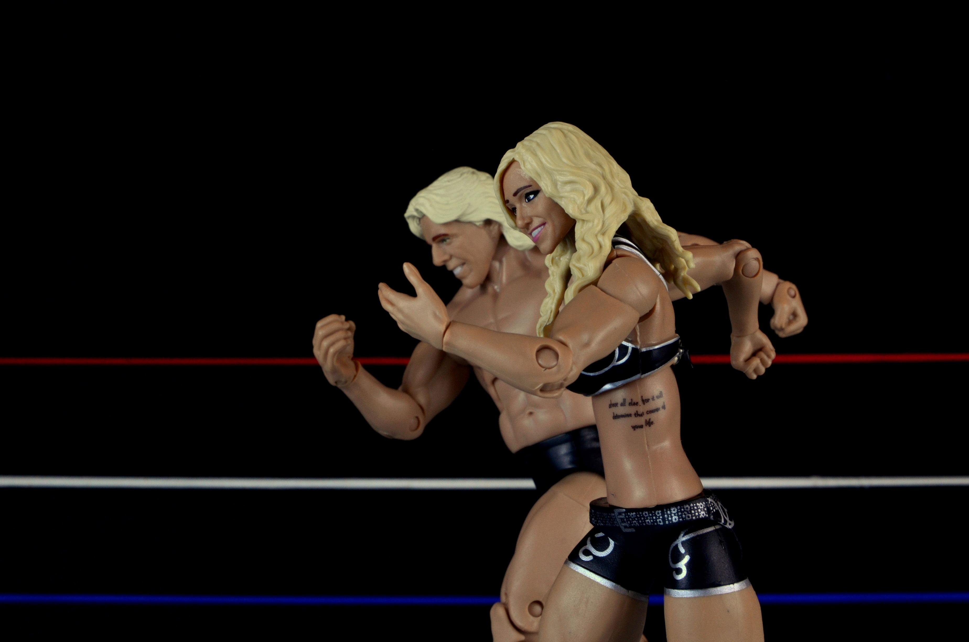 wwe-charlotte-figure-review-strutting-with-ric-flair