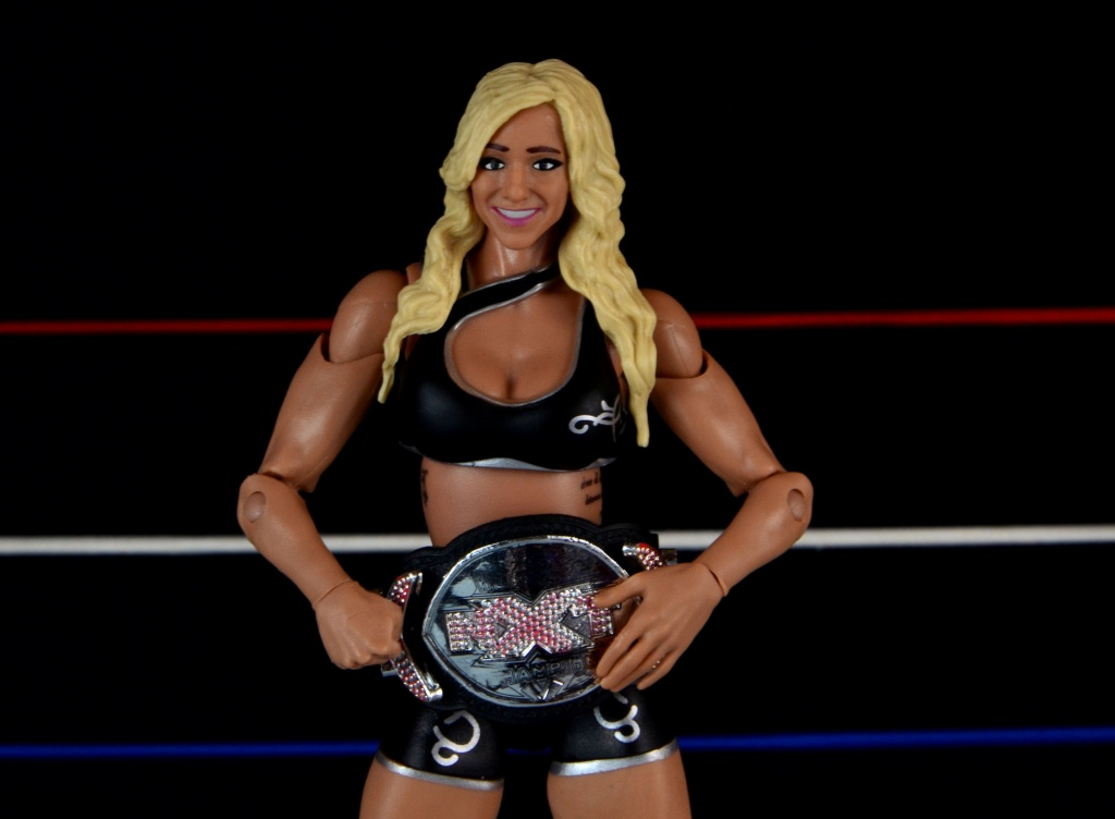 wwe-charlotte-figure-review-with-nxt-title