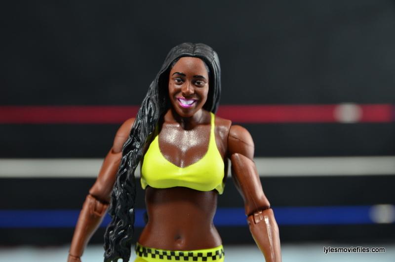 WWE Mattel Basic Naomi figure review -painted top