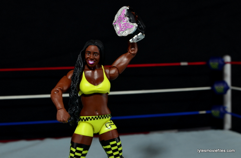 WWE Mattel Basic Naomi figure review -with Divas title