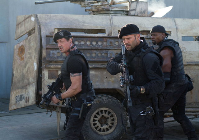 stallone-statham-and-crews-in-the-expendables-2