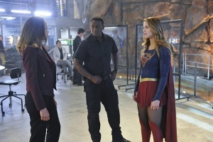 supergirl Strange Visitor from Another Planet review - miranda crane, hank and supergirl