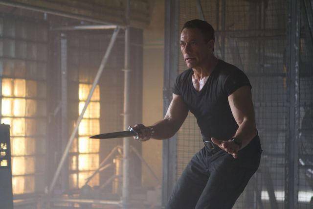 van-damme-in-the-expendables-2