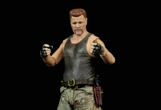 the-walking-dead-abraham-ford-mcfarlane-toys-figure-review-fists-up