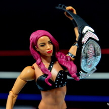 WWE Sasha Banks figure review - holding NXT Women's Title