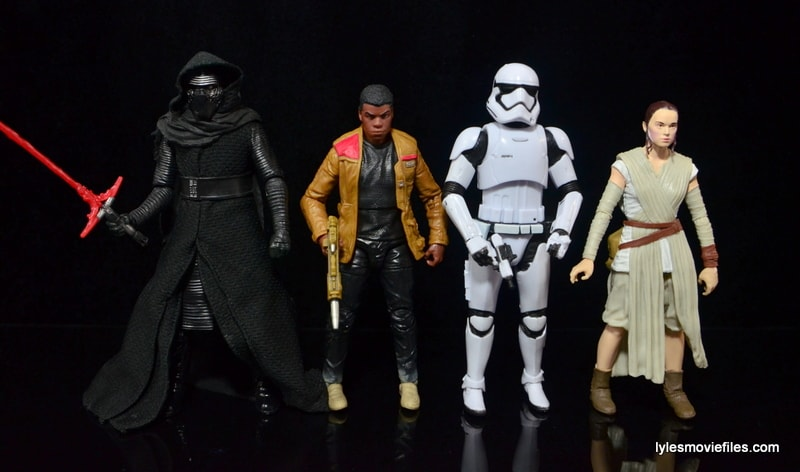 Star Wars The Force Awakens - The Black Series Stormtrooper review -scale with Kylo Ren, Finn and Rey-min