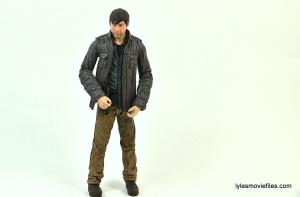 The Walking Dead Gareth figure review - hands close
