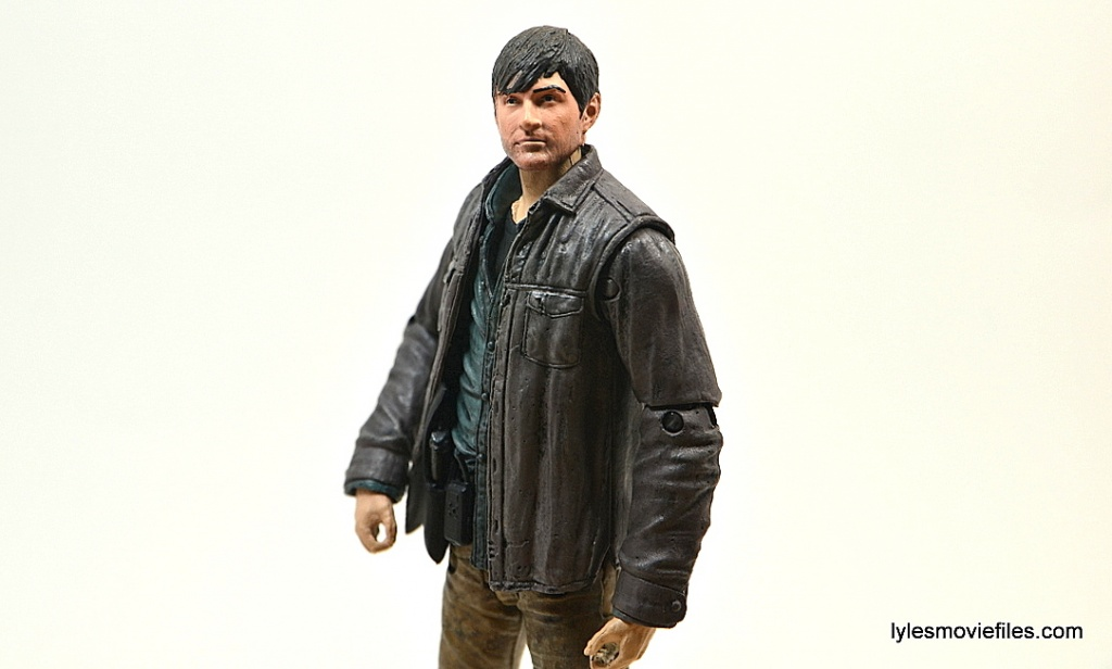 The Walking Dead Gareth figure review - looking up
