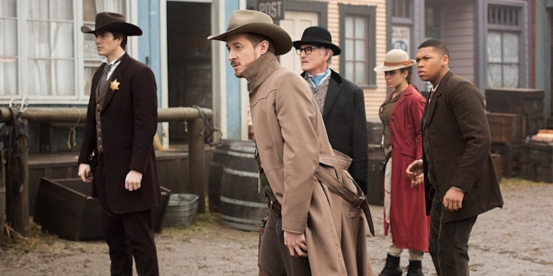 legends of tomorrow the magnificent eight ray, rip, stein, kendra and jax-min