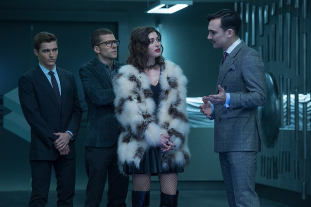 Now You See Me 2 - Dave Franco, Jesse Eisenberg, Lizzy Caplan and Henry Lloyd Hughes-min