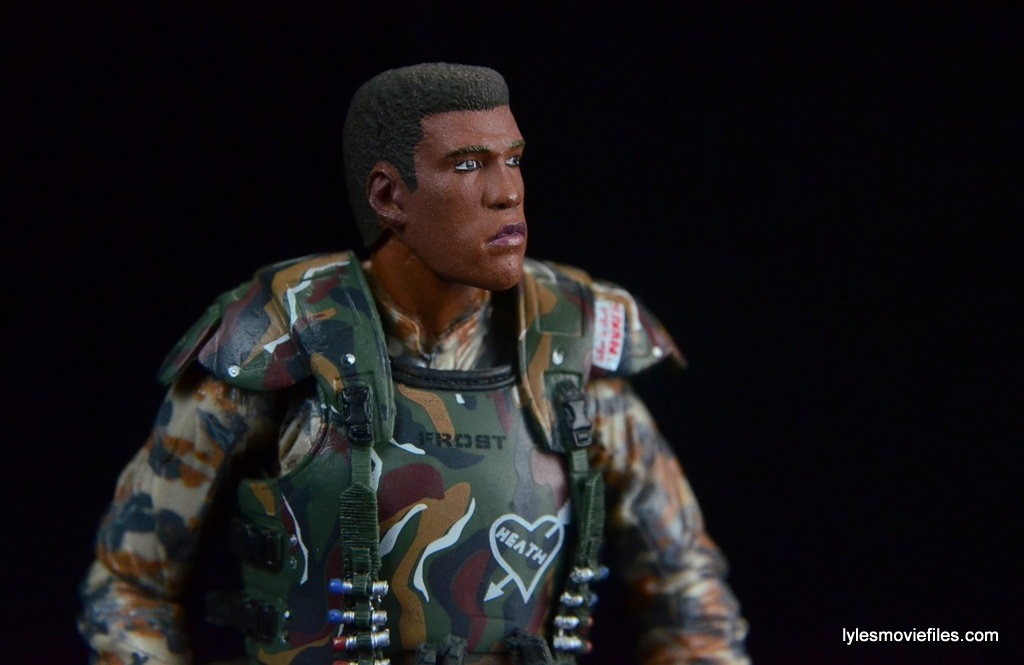 neca-aliens-series-9-frost-figure-review-looking-up
