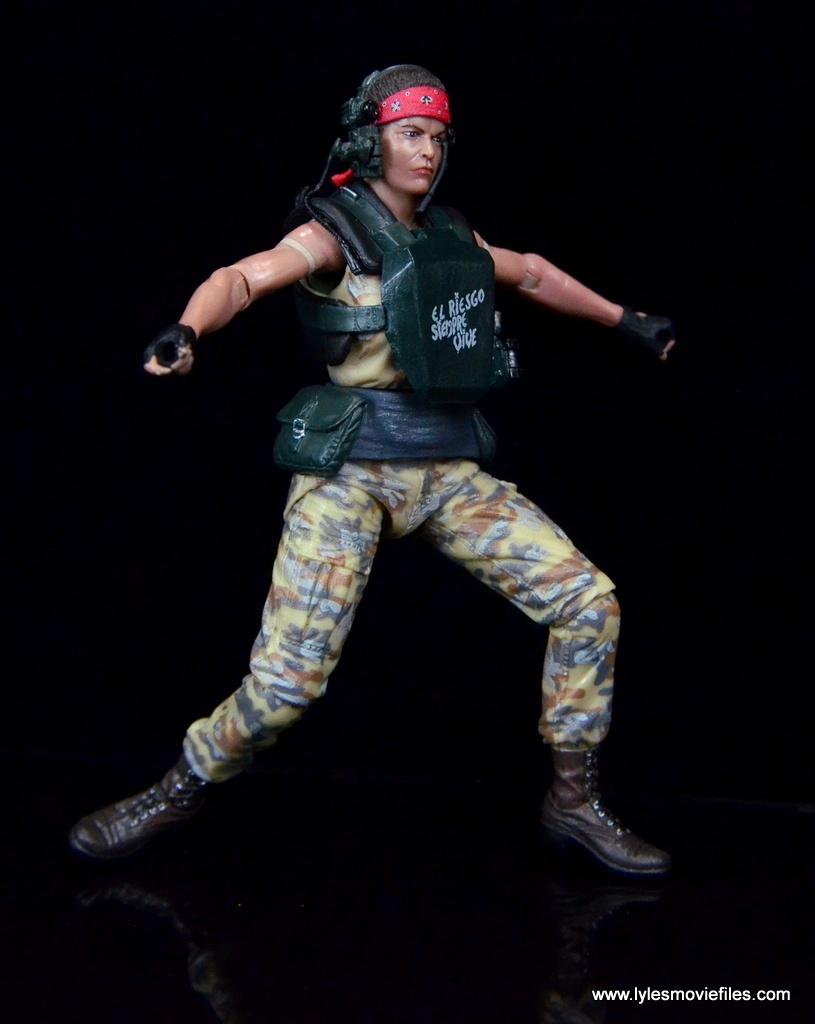 neca-aliens-series-9-pvt-jenette-vasquez-articulation-range