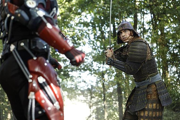 legends-of-tomorrow-shogun-review-ray-in-armor