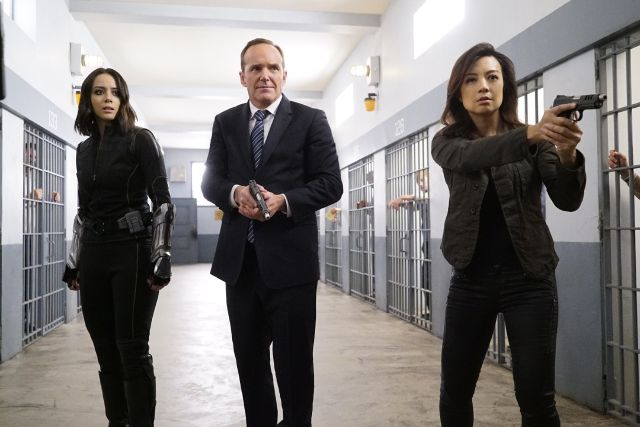 agents-of-shield-lockup-quake-coulson-and-may