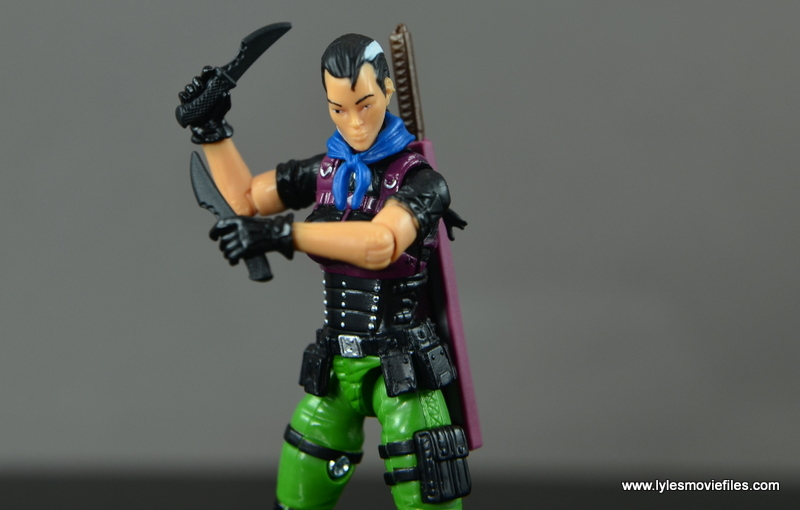 GI Joe Heavy Conflict Heavy Duty and Stiletto figure review - Stiletto with knives