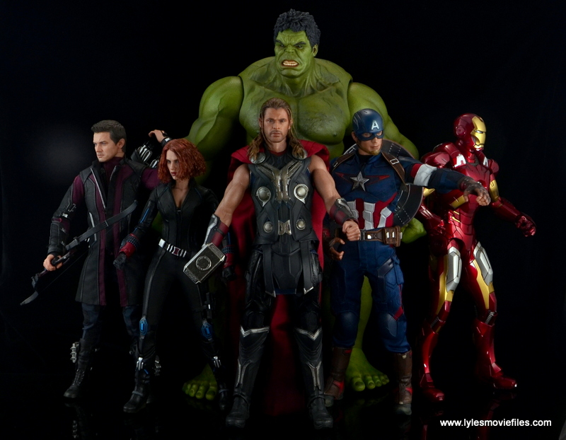 Hot Toys Thor figure review Avengers Age of Ultron -with Hawkeye, Black Widow, Hulk, Captain America and Iron Man