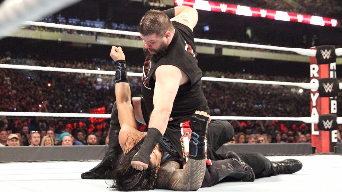 WWE Royal Rumble 2017 - Kevin Owens vs Roman Reigns
