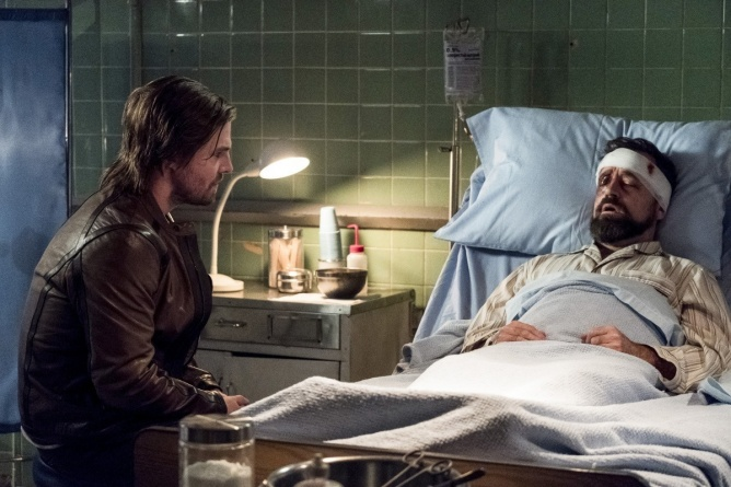 Arrow Bratva review - Oliver and Anatoly