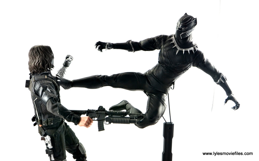 Hot Toys Black Panther figure review - jump kick to Bucky