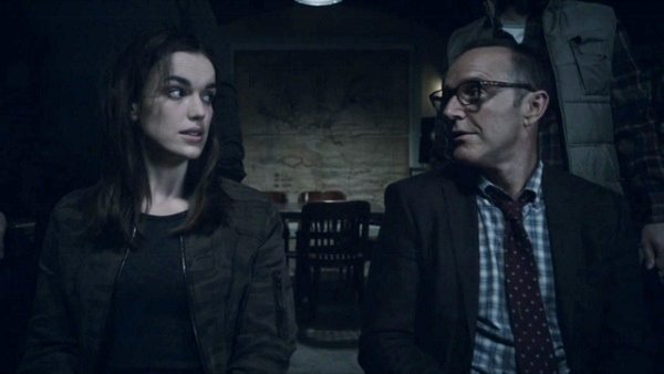 Agents of SHIELD Identity and Change - Simmons and Coulson