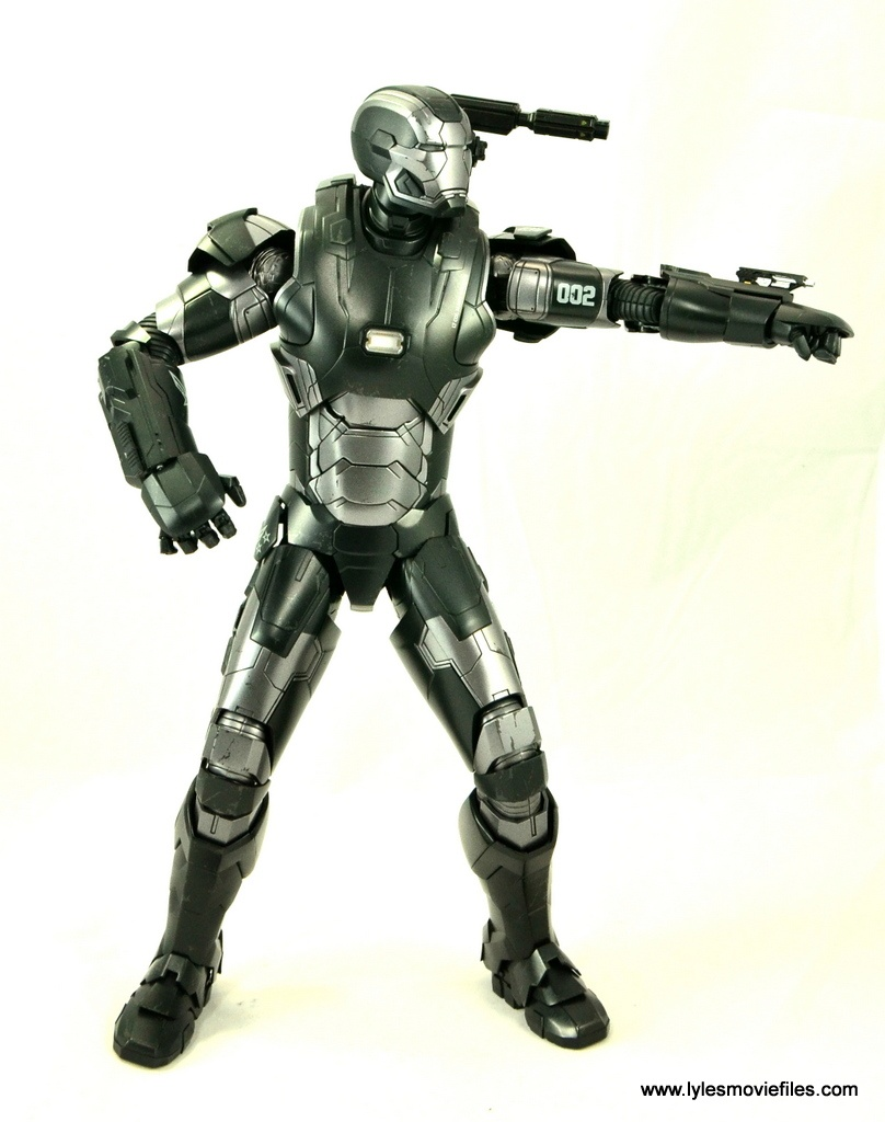Hot Toys War Machine Age of Ultron figure review -aiming left