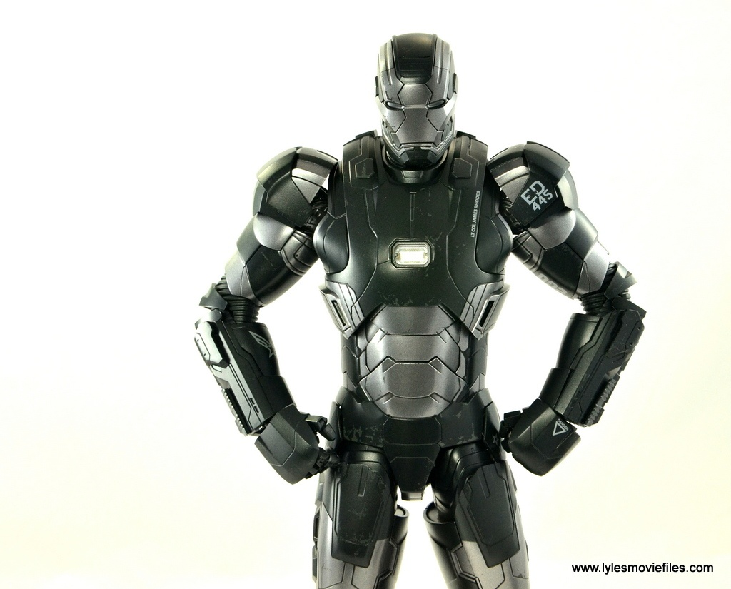 Hot Toys War Machine Age of Ultron figure review -hands on hips