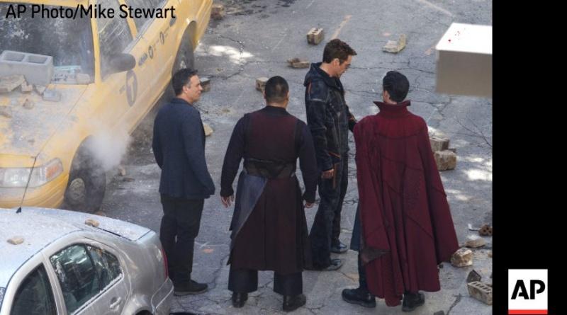 Doctor Strange Tony Stark Bruce Banner Avengers Infinity War set pic