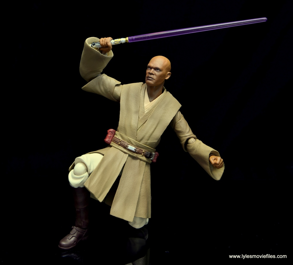 SH Figuarts Mace Windu figure review - on knee