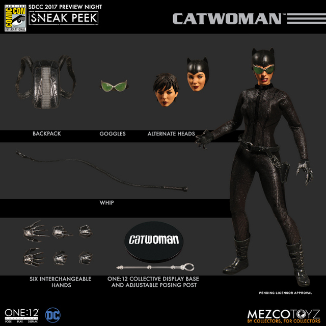 Mezco Toyz SDCC 2017 Preview Night One 12 Catwoman accessories