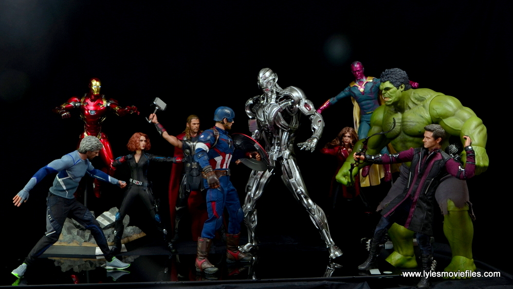 Hot Toys Avengers Ultron Prime figure review - vs The Avengers