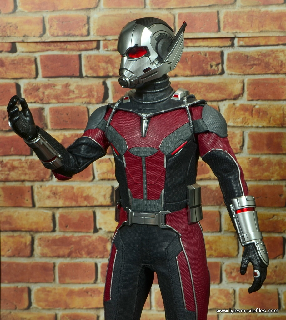 hot toys captain america civil war ant-man figure review -changing size