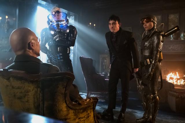 Gotham-Destiny-Calling-review-Hugo-Strange-Mr.-Freeze-Penguin-and-Firefly