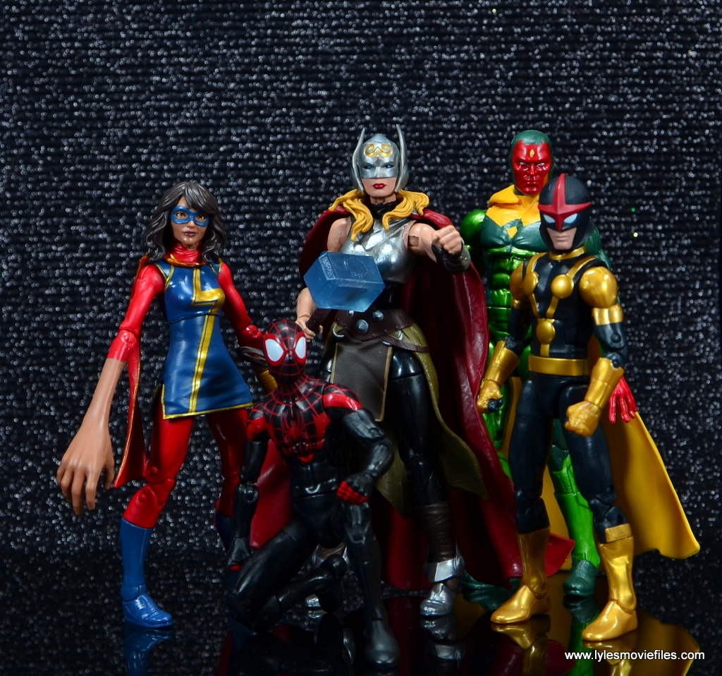 SDCC 2017 Marvel Legends Battle for Asgard figure review - Thor with Ms. Marvel, Spider-Man, Vision and Kid Nova