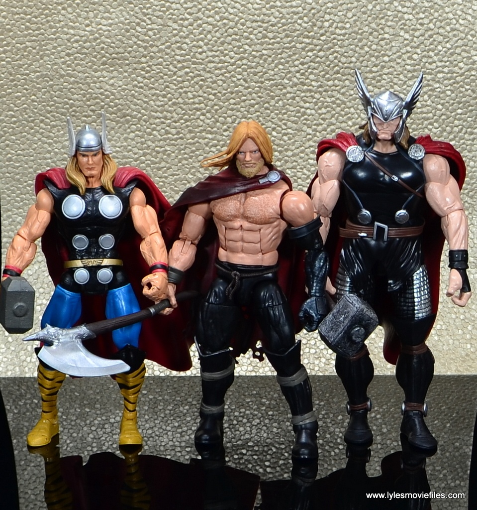 SDCC 2017 Marvel Legends Battle for Asgard figure review - scale with other Thors