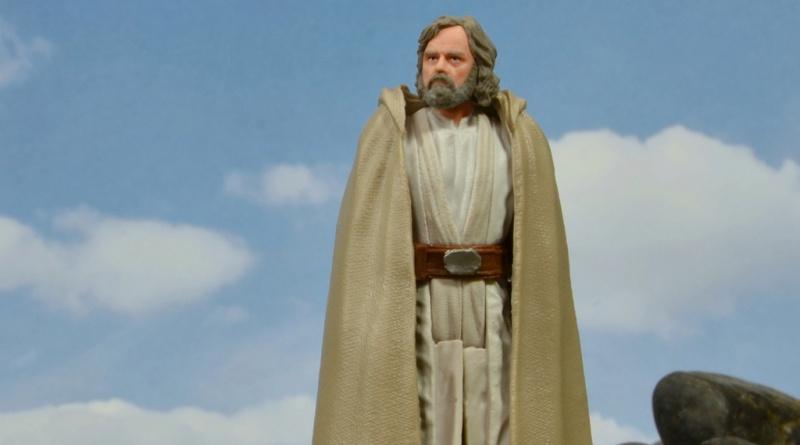 Star Wars The Last Jedi Master Luke Skywalker figure review -main pic
