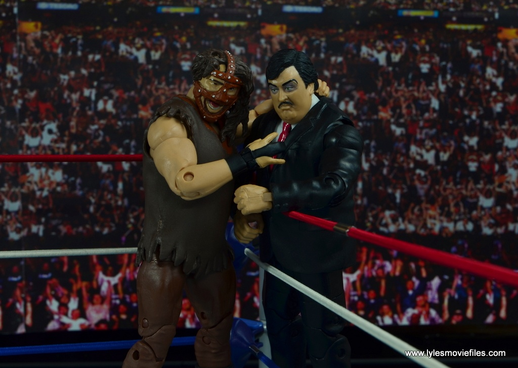 WWE Paul Bearer figure review -advising Mankind in the corner