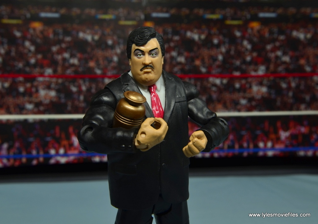 WWE Paul Bearer figure review - holding urn