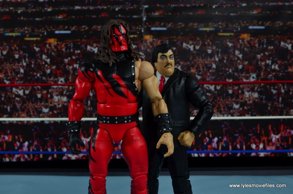 WWE Paul Bearer figure review -with Kane