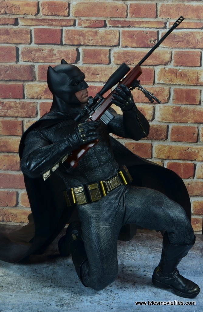 Hot Toys Batman v Superman Batman figure review -crouching with sniper rifle