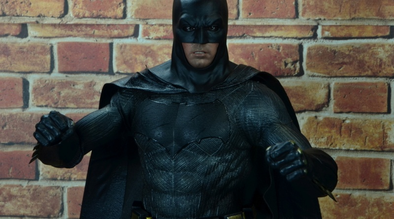 Hot Toys Batman v Superman Batman figure review - main picture